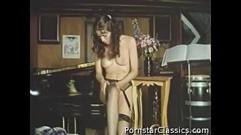seks cartoon classic movies My mum masturbating on bed caught by hidden cam
