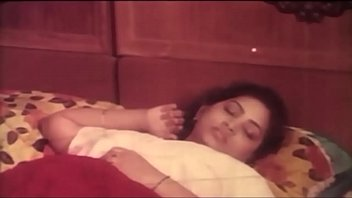 oil mallu aunty boobs massage School girl sleeping outdoor