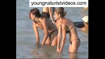 preety beach teen on the nude walking Wwwsunny lieon sex pichar downlodcom
