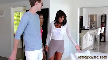 tf miss x Kattie gold casting couch