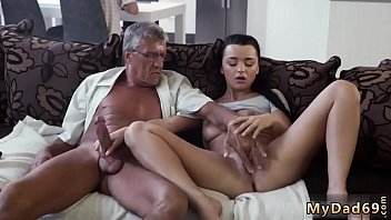 bra cum young on Sex co phu de