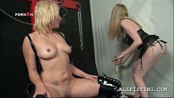 german blonde bdsm Fat black girl squirt