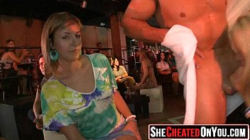 girls strippers sucking dicks Nao aguentou no cu i si cagou