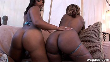 ghetto booty black big Lesbian spitting pee in each other mouth