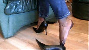 teen tease foot Siren gets her wet pussy screwed by lustful dude