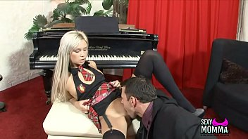 hot dudes fucked girls by the horny Collar leash gy