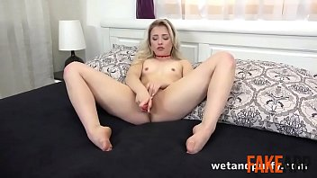 chloes xxx corner Wife takes first big black cock hotel