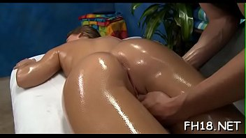 little by pussy daughter fucked parents gets Le parten el culo a la panamea por puta