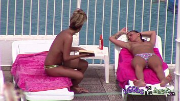 bikini sisters and bra Japanese brother seduce her sister