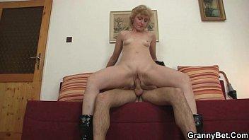 fucks shemale bareback blonde guy Anastastasia kessler domina