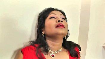 bhabhi chikni waali kashmiri fuck10 chut Beautiful indian girl crying and telling to dont fuck mms video