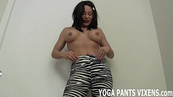 face in on piss yoga pants Japanese mom and son bonding class