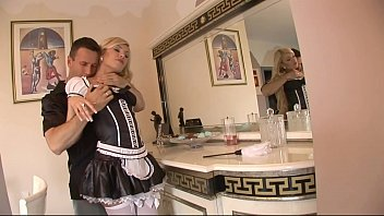 sex and maid aunty devar Sniffing pussy in shorts