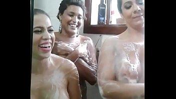 no banho aninha Skinny sexy stepmom rapes boy