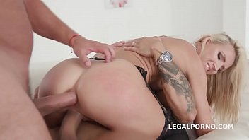 casadas recien anal Deepthroat suck off from two blondes