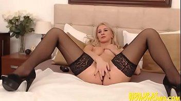 strip blonde asian Hd busty skinny lesboans