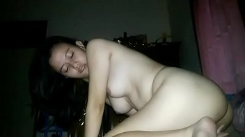 indo artis video ngentot Sex with house maid hidden cam5