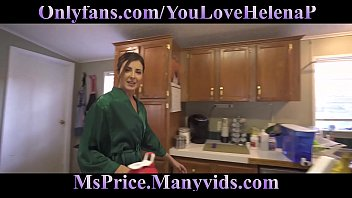 lesbian mom seduced Meet up and then fuck in