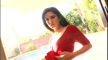 sunny leone with boy small Granny in heels