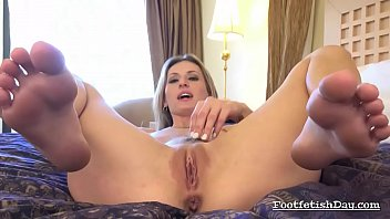 starr aryana mapouka 2 trailer dvd Homemade gives her ass anal