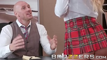 full brazzers house episode third Yong ledys sex downlod