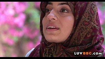 girl indian guy muslim Webcam help finger