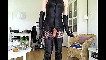 lift skirt thigh high Jeune arabe prise de force