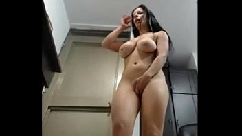 orgasmic squirting college on and keeps big cumming lipped multi babe Sardar boy sex