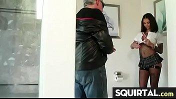 girls girl on squirting faces White school girl fuking black boyfriend in home