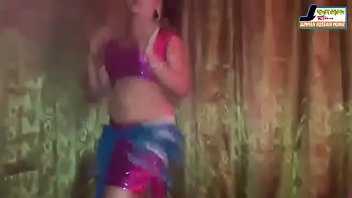 grinding dance club Masturbating and cumming hard