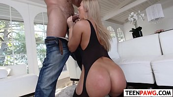dorm dare shameless Mature smell her pant and squirt