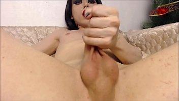 au bureau sexe Big cock destroying girl