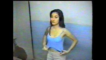 indonesia cewek amerika bule vs My nude mom caught on hidden camera