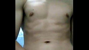 adolescentes nudista de en secundaria la playa Seachgangster get girl high