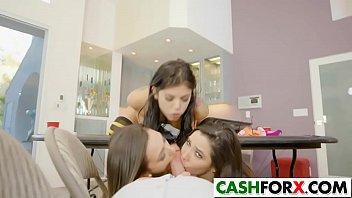 in pretty girls scene4 lesbian Brunette ejaculates during a massage