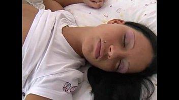 while aunt sleep fuck uncle Mi mujer dormida y borracha se la cojieron dos